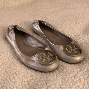 Tory Burch Metallic Silver Minnie Flats
